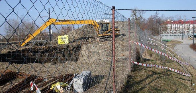 Artykuł: Tajemnicza budowa na osiedlu, gdzie mieszka prezydent Olsztyna. Mieszkańcy nie będą zadowoleni [ZDJĘCIA]