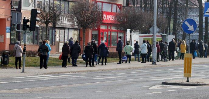 Jajka od pana Grzegorza cieszą się ogromną popularnością na olsztyńskich Jarotach [ZDJĘCIA]
