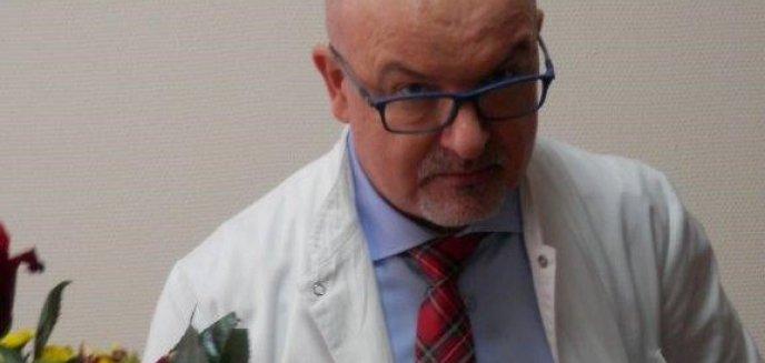 Dr Piotr Kocbach, warmińsko-mazurski konsultant chorób zakaźnych: ''3/4 pacjentów to są młodzi ludzie z poważnymi powikłaniami''
