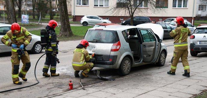 Artykuł: Pożar samochodu na olsztyńskim Zatorzu [ZDJĘCIA]