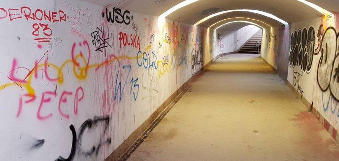 Artykuł: Nowy tunel przy al. Wojska Polskiego już zdewastowany [ZDJĘCIA]
