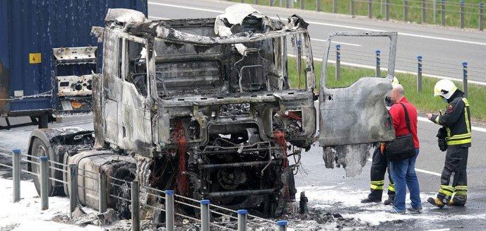 Artykuł: Pożar samochodu ciężarowego na obwodnicy Olsztyna [ZDJĘCIA]