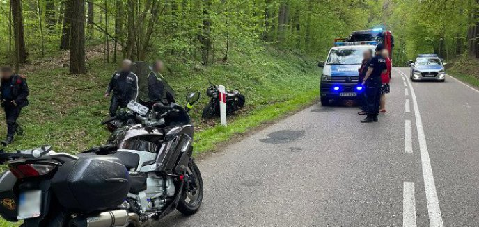 Wypadek z udziałem motocyklisty między Olsztynem a Butrynami [ZDJĘCIA]