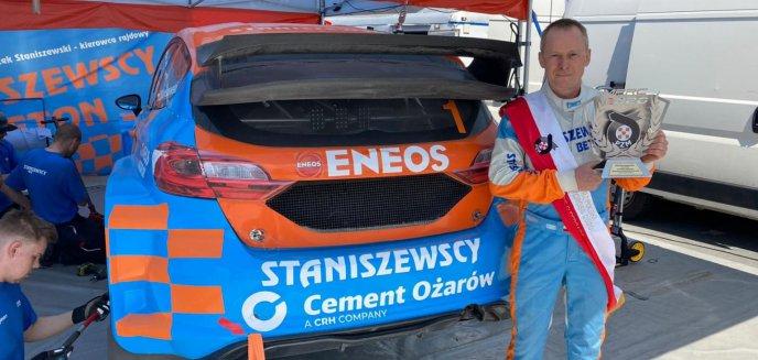 Artykuł: Automobilizm. Zbigniew Staniszewski po pierwszej eliminacji rallycrossu 2021