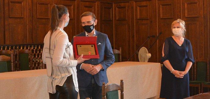 Artykuł: Koszykarki KKS-u z wizytą u prezydenta Olsztyna