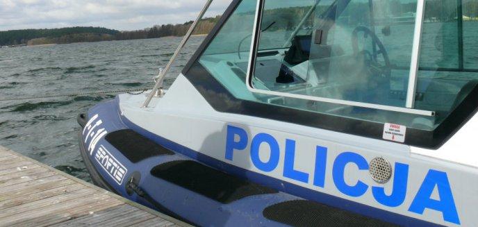 47-latek zgłosił, że na jeziorze pod Olsztynem topi się mężczyzna. Chciał sprawdzić, jak szybko przybędą służby...