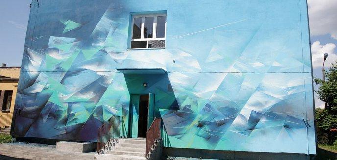 Artykuł: Na jednej ze ścian SP6 został namalowany mural. Uczniowie zachwyceni
