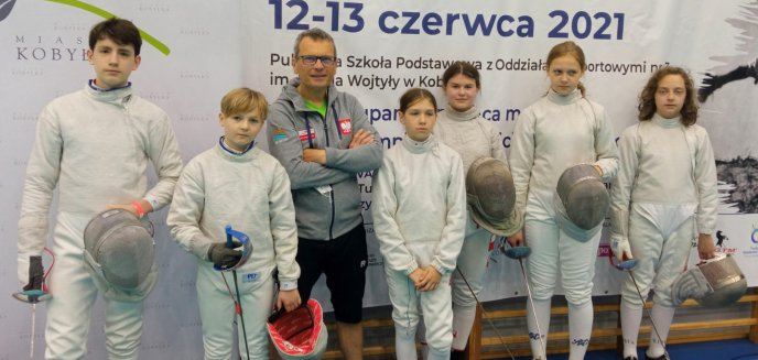 Artykuł: Sukcesy młodych szablistów z Olsztyna na Mistrzostwach Polski