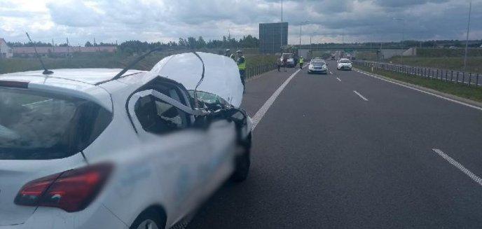Wypadek na obwodnicy Olsztyna. Kierowca opla podczas wyprzedzania uderzył w mercedesa