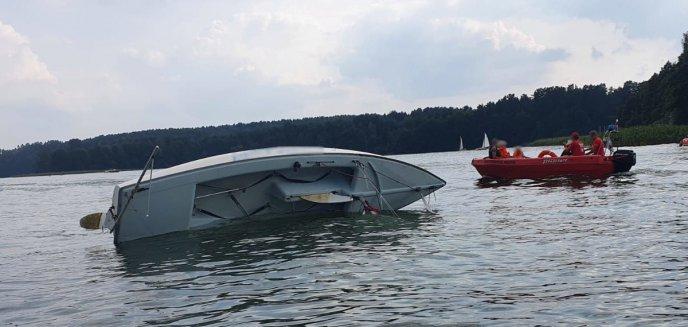 Artykuł: Na Ukielu przewróciła się łódź z dziećmi na pokładzie [ZDJĘCIA]