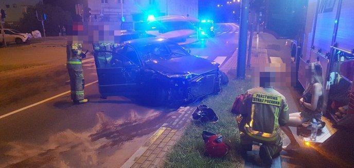 Artykuł: Groźny wypadek na skrzyżowaniu Kościuszki z Niepodległości. Dwie osoby w szpitalu! [ZDJĘCIA, WIDEO]