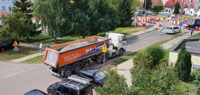 Artykuł: Mieszkańcy Pieczewa mają dość ciężkich pojazdów: ''Nasze bloki tego nie wytrzymają''