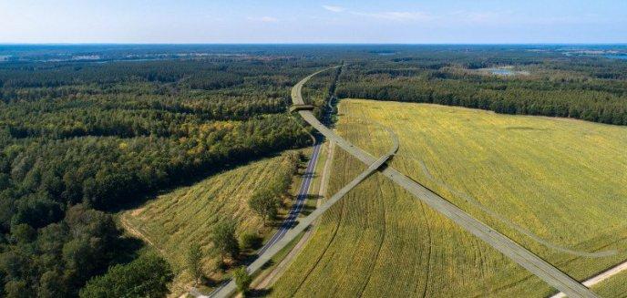 Artykuł: Rząd hojnie dysponuje naszymi pieniędzmi. Na Warmii i Mazurach budowa 1 km drogi to... niemal 52 mln zł!