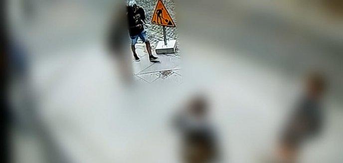 Artykuł: Kurier zgubił paczkę o wartości 20 tys. zł na olsztyńskiej starówce. Młody mężczyzna szybko ją wypatrzył i... nie miał zamiaru zwrócić [WIDEO] [AKTUALIZACJA]