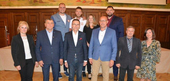 Artykuł: Olimpijczycy z Warmii i Mazur spotkali się z władzami Olsztyna