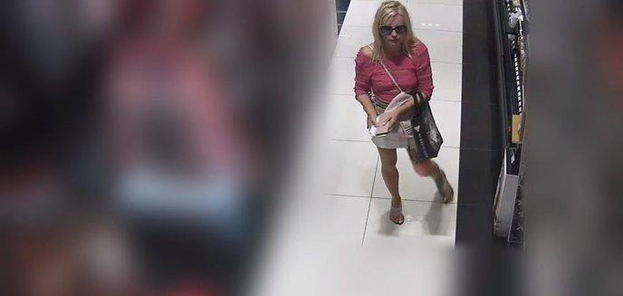 Artykuł: Farbowana blondynka w różowej bluzce okradła perfumerię w centrum Olsztyna [WIDEO]