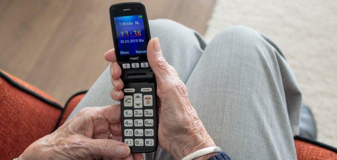 Artykuł: Seniorka przestraszyła się, że będzie musiała zapłacić za akcję policji. Straciła 13 tys. zł