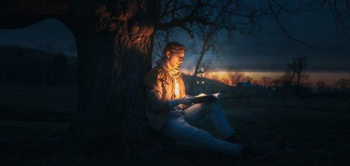 Top 3 książki thrillery na jesień – po co warto sięgnąć?