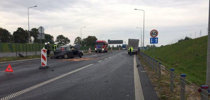 Artykuł: Wypadek na obwodnicy Olsztyna. Zderzyły się dwa fiaty [AKTUALIZACJA]