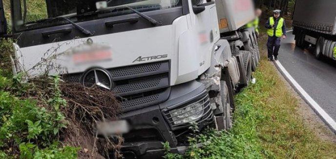 Artykuł: Na DK 53 pod Olsztynem zderzyły się dwie ciężarówki [ZDJĘCIA]