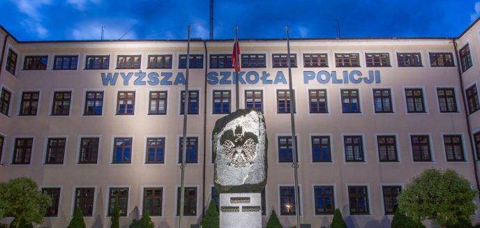 Były rektor szkoły policyjnej w Szczytnie z zarzutami. Miał przypisać sobie dorobek naukowy podwładnych