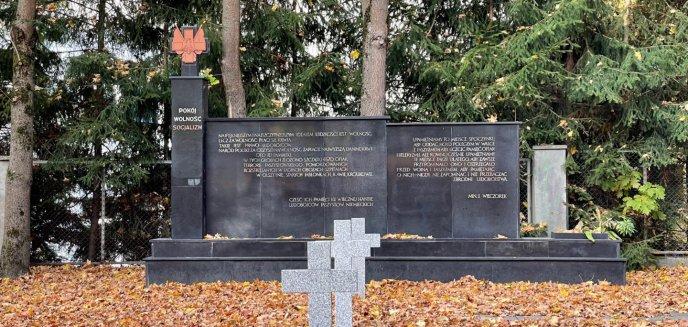 Artykuł: [OPINIE] Orwellowskie ''Pokój, wolność, socjalizm'' na pomniku ofiar II wojny światowej