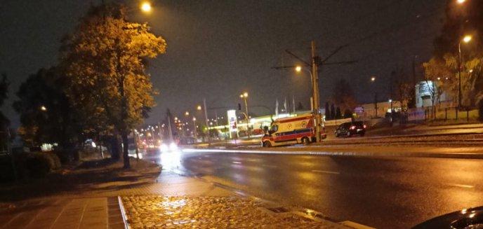 Artykuł: Kierowca seata zderzył się z jadącą na sygnale karetką na ul. Towarowej w Olsztynie