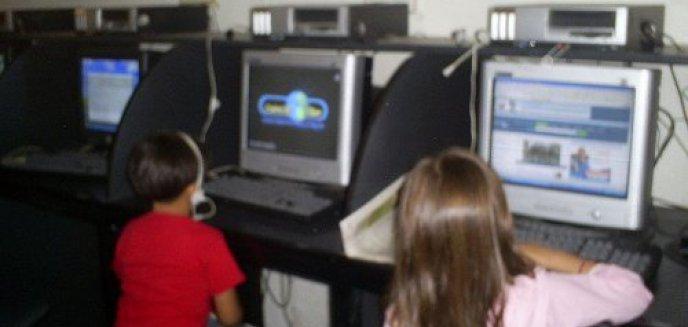 Artykuł: Dzieci czy cyborgi?