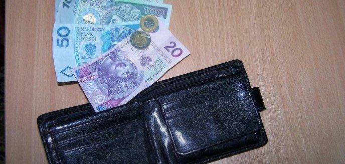 Artykuł: Mężczyzna o wielu...portfelach