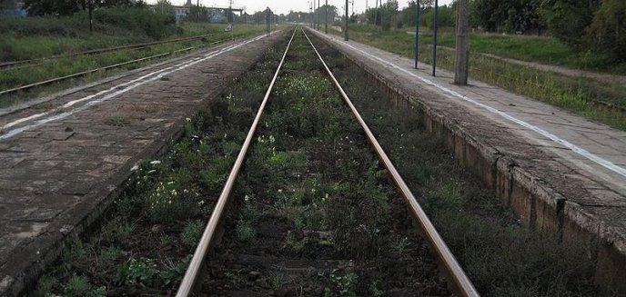 Artykuł: 16-latek zginął na przejeździe kolejowym