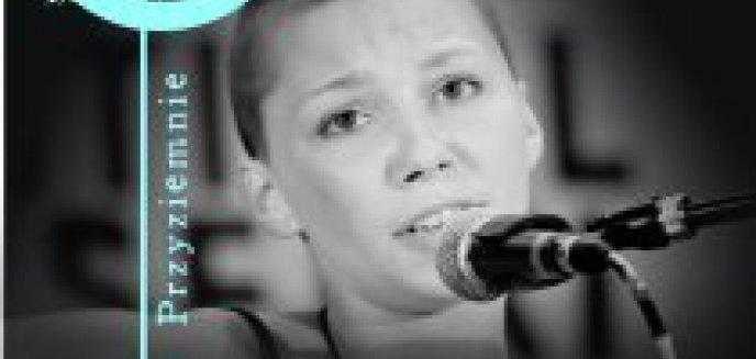 Artykuł: Koncert z cyklu KOBIEtONY - Dominika Barabas