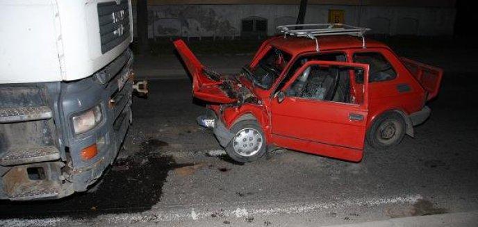 Artykuł: Ciężarówka zderzyła się z ''maluchem''