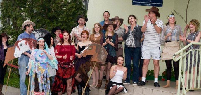 Artykuł: Kortowiada 2011 - Stroją akademiki