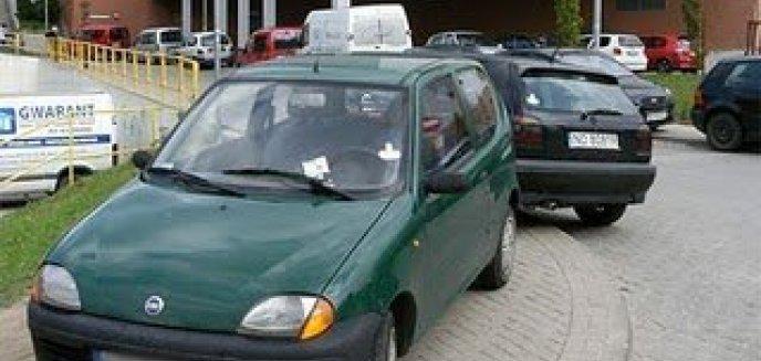 Artykuł: Źle zaparkowałeś? Spodziewaj się społecznego karniaka