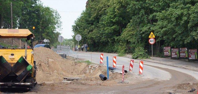 Artykuł: Dąbrowskiego z opóźnieniem