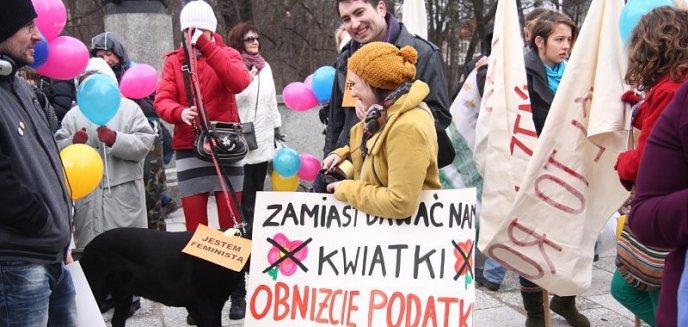 Artykuł: Jestem filozofką, ministrą... - Manifa 2012 w Olsztynie (zdjęcia)